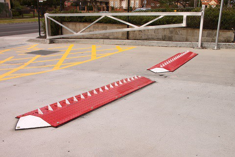 One-Way Spikes System | Above-Ground | Slow-Go Speed Hump